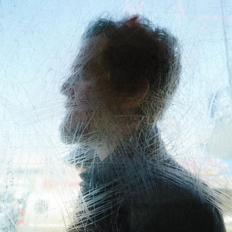 """Miękkie wejście smyczków, melodia wokalu, niczym psalm, pieśń-modlitwa zapowiadają coś pięknego i uduchowionego. Nic dziwnego, że utwór """"Grace Beneath The Pines"""" otwiera także film dokumentalny, poświęcony pracy nad najnowszą płytą Glena Hansarda. Bo """"Didn't He Ramble"""" to wymarzony soundtrack do życia."""