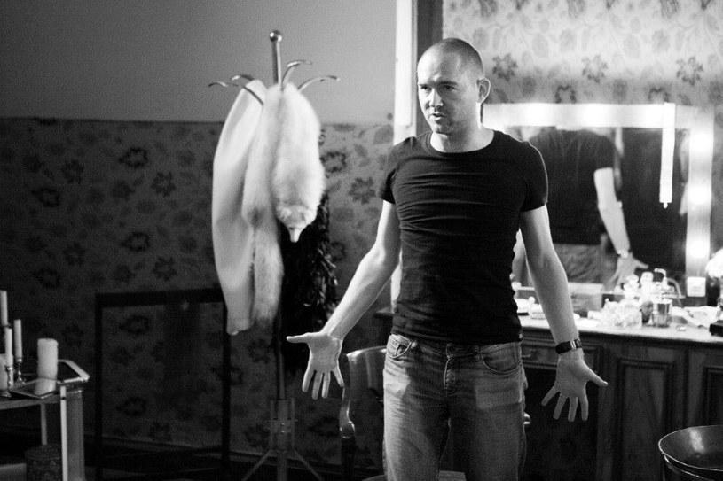 """Aktorzy szydzili ze mnie, że reżyserowałem ten film na leżąco - mówi Marcin Bortkiewicz, którego pełnometrażowy debiut - """"Noc Walpurgii"""", z fantastycznymi kreacjami Małgorzaty Zajączkowskiej i Philippe'a Tłokińskiego, wchodzi w piątek, 25 września, na ekrany kin."""