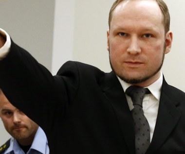 Anders Breivik grozi, że zagłodzi się na śmierć. Musiał przerwać studia