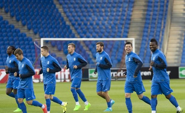 Nasze drużyny walczące w Lidze Europejskiej spróbują wieczorem wygrać po raz pierwszy w tej edycji rozgrywek. Trzeba jednak liczyć się z tym, że punktowy dorobek Lecha i Legii wieczorem nie wzrośnie. Kolejorz zagra o 19.00 na wyjeździe z FC Basel. Dwie godziny później w Warszawie starcie Legii z Napoli.