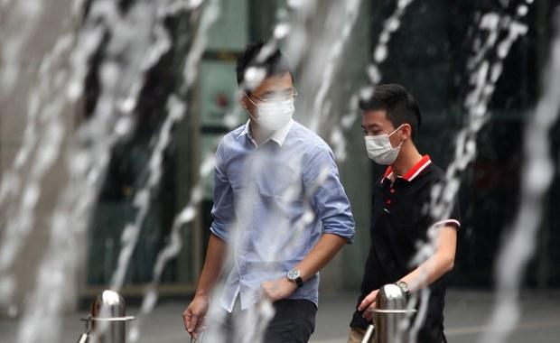 Zaplanowane na sobotę finały Pucharu Świata w pływaniu w Singapurze zostały odwołane. Wszystko przez wiszący nam miastem smog. Organizatorzy zawodów podjęli taką decyzję z obawy o zdrowie zawodników, mimo że zanieczyszczenie powietrza nie przekroczyło dopuszczalnej granicy.