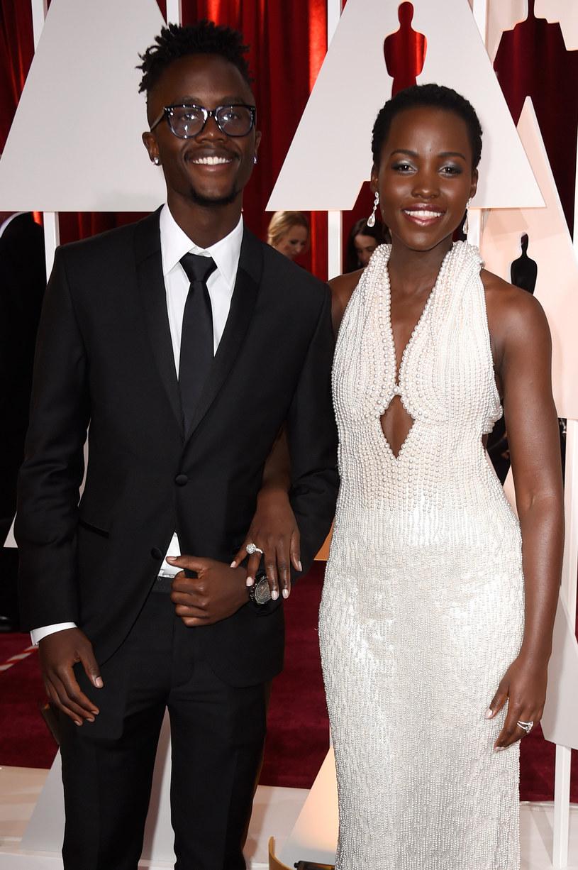 """Młodszy brat laureatki Oscara Lupity Nyong'o - Peter - zadebiutuje na kinowym ekranie w nowym filmie Toma Forda - thrillerze """"Nocturnal Animals""""."""