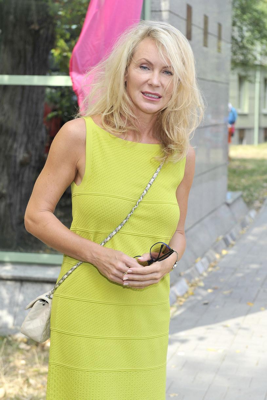 Zazwyczaj gra kobiety piękne i bogate. Dla roli Anny dała się jednak oszpecić. - Ta praca sprawiła mi dużo satysfakcji - przyznaje Beata Ścibakówna.