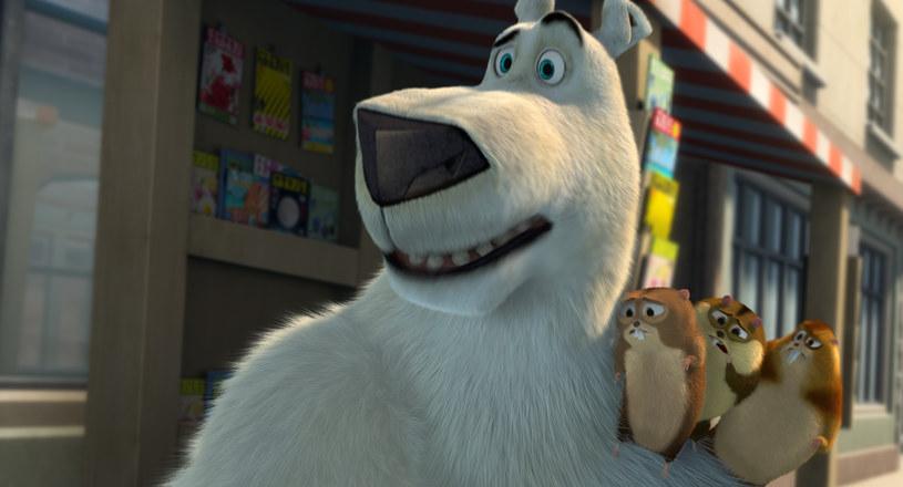 Twórcy kultowych hitów stacji Cartoon Network przedstawiają familijną komedię o białym miśku w wielkim mieście. W oryginalnej wersji dubbingowej głosów bohaterom użyczyli m.in. Rob Schneider, Heather Graham, Ken Jeong i zdobywca Złotego Globu - Bill Nighy.
