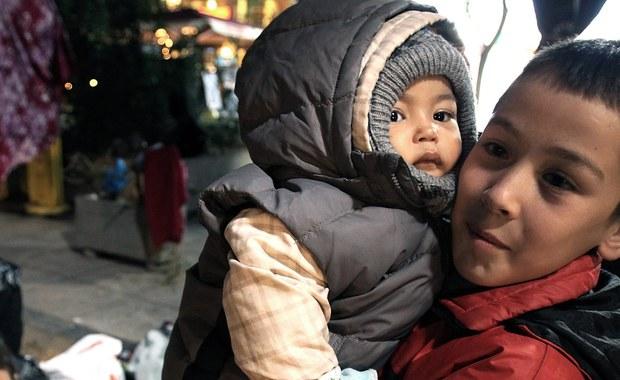 129 imigrantów, w tym 58 dzieci, odkryli bułgarscy strażnicy graniczni w samochodzie-chłodni, który przyjechał z Turcji - poinformowało ministerstwo spraw wewnętrznych w Sofii. Nie podano, w jakim stanie byli odnalezieni uchodźcy.