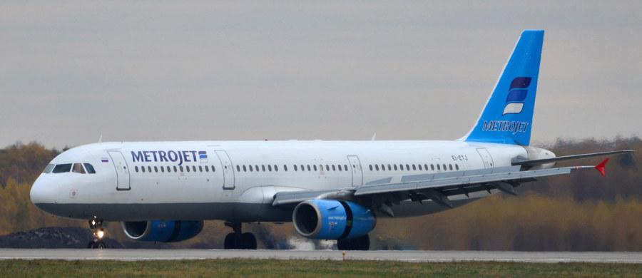 """""""Czarne skrzynki rosyjskiego samolotu airbus A321, który rozbił się w sobotę na egipskim półwyspie Synaj, mają tylko nieznaczne uszkodzenia techniczne"""" - twierdzi minister transportu Rosji Maksym Sokołow. """"Są tam niewielkie uszkodzenia techniczne. Jednak, jak mówią przedstawiciele strony egipskiej, nie było wpływu (czynnika) termicznego"""" - dodał rosyjski polityk, który jest w Kairze. Wyjaśnił, że czarne skrzynki zostały opieczętowane i jeszcze ich nie otwierano."""