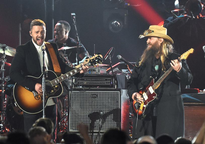 Justin Timberlake postanowił sprawdzić się w stylistyce country i wystąpił wraz z Chrisem Stapletonem podczas tegorocznej gali wręczenia Country Music Awards.