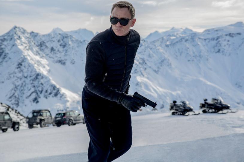 """Najnowsza odsłona przygód Jamesa Bonda miała znakomite """"otwarcie"""" w Polsce. Film """"Spectre"""" w ciągu pierwszego weekendu wyświetlania obejrzało ponad 500 tysięcy widzów!"""
