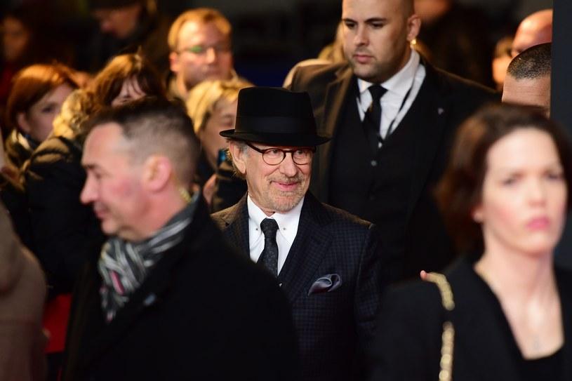 Prezydent Barack Obama wkrótce wręczy najwyższą cywilną nagrodę Stanów Zjednoczonych, Medal Wolności (Medal of Freedom) 17 osobom, w tym reżyserowi Stevenowi Spielbergowi oraz piosenkarce i aktorce Barbrze Streisand - ogłosił Biały Dom.
