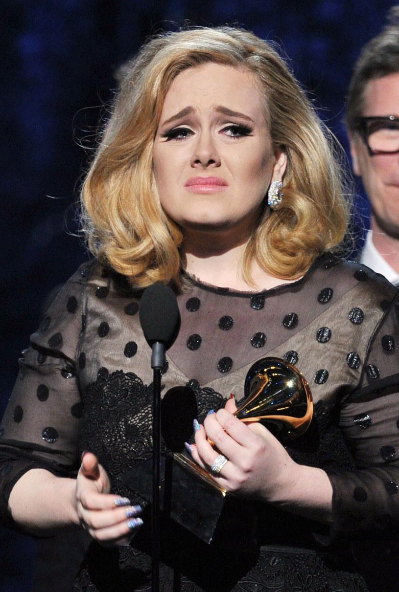 Nowy album Adele ukaże się 20 listopada, jednak na trzy dni przed premierą dwuminutowe fragmenty wszystkich utworów wyciekły do sieci.