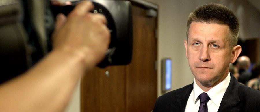 Kilka zarzutów korupcyjnych ma usłyszeć były poseł i były szef klubu PSL Jan Bury - dowiedział się reporter RMF FM Krzysztof Zasada. Późnym wieczorem polityk został zatrzymany w Warszawie przez agentów CBA, którzy działali na zlecenie Prokuratury Apelacyjnej w Katowicach.