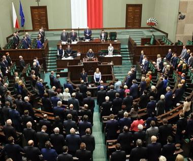 Sejm uchwalił: Będzie ponowny wybór pięciu sędziów TK