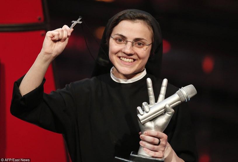 """Znana na całym świecie siostra Cristina, zwyciężczyni włoskiej edycji programu """"The Voice of Italy"""", zadebiutuje w musicalu """"Zakonnica w przebraniu"""" w teatrze w Rzymie. Wierzy w to, że papież Franciszek nie miałby nic przeciwko jej decyzji."""
