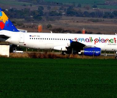 Polak zapłaci 130 tysięcy zł kary za fałszywy alarm bombowy w samolocie