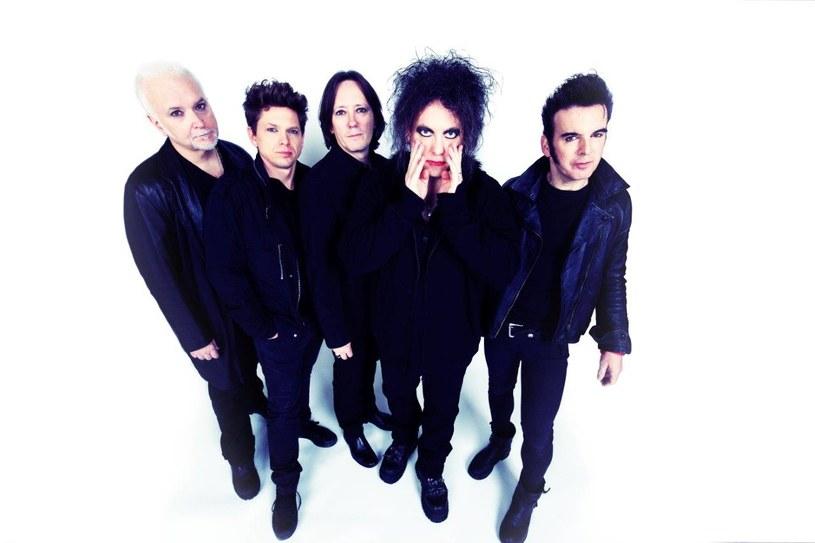 Legendarny zespół pojawi się w Polsce 20 października 2016 roku. The Cure zagrają w łódzkiej Atlas Arenie.