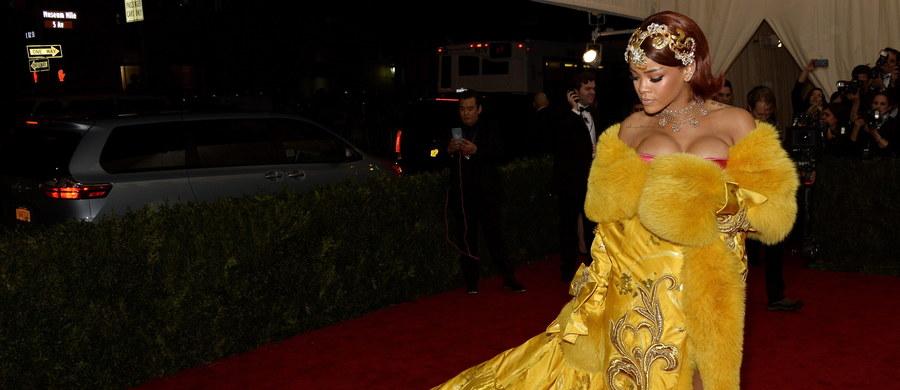 26 lutego przyszłego roku Rihanna ruszy w trasę koncertową. W planach artystki jest ponad 70 występów w Północnej Ameryce i w Europie wraz z koncertami w Nowym Jorku, Londynie, Los Angeles, Toronto, Amsterdamie, Vancouver, Berlinie, Mediolanie, Waszyngtonie, Kopenhadze oraz w Warszawie.