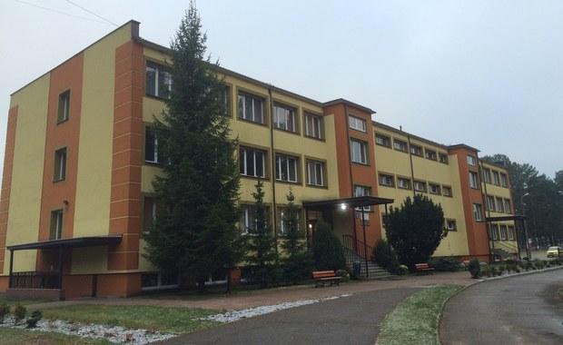 158 repatriantów z Mariupola i Donbasu zamieszkało już w ośrodku w Rybakach w woj. warmińsko-mazurskim. Przez sześć miesięcy będzie to ich tymczasowy dom.