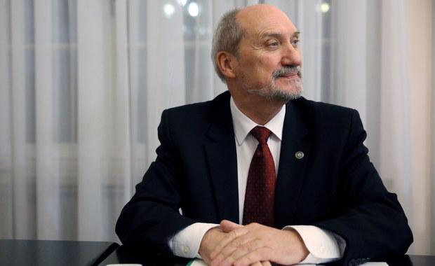 Warunkowe podpisanie kontraktu na caracale i przegląd umowy na patrioty zapowiedział minister obrony narodowej Antoni Macierewicz. W Sejmie przedstawił główne zadania stojące przed jego resortem.