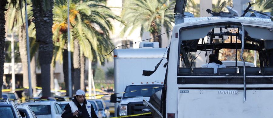 Władze Tunezji ogłosiły, że na 15 dni zamkną granicę lądową z pogrążoną w chaosie Libią. To rezultat wtorkowego zamachu w centrum w Tunisu, w wyniku którego zginęło 12 funkcjonariuszy ochrony prezydenckiej.