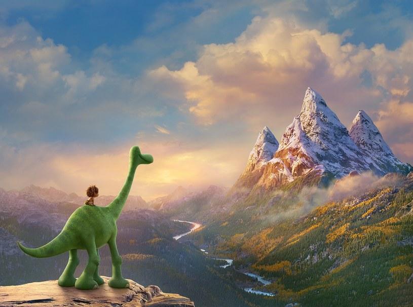 """Raporty finansowe wskazują, że """"Dobry dinozaur"""", ostatni film Pixara, w dwa tygodnie zarobił zaledwie 131 milionów dolarów na całym świecie. Tym samym ma szansę stać się najmniej dochodowym obrazem w historii studia."""
