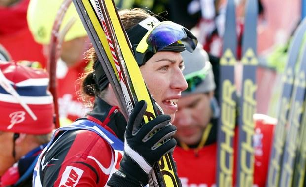 Justyna Kowalczyk wystartuje w piątek w fińskim Kuusamo w pierwszych zawodach narciarskiego Pucharu Świata 2015/16. Podopieczna trenera Aleksandra Wierietielnego walkę o piątą Kryształową Kulę rozpocznie od sprintu techniką klasyczną.