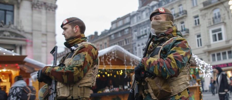 Belgijski sąd postawił zarzut terroryzmu osobie zatrzymanej w czwartek w Belgii. Tym samym do sześciu wzrosła liczba osób aresztowanych w tym kraju w związku z zamachami terrorystycznymi w Paryżu.
