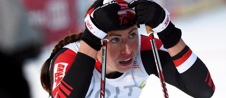 Justyna Kowalczyk zajęła odległą, 29. pozycję w biegu na 5 km techniką dowolną w fińskim Kuusamo. Triumfowała Norweżka Therese Johaug przed dwiema Szwedkami: Charlotte Kallą i Idą Ingemarsdotter. Były to drugie zawody narciarskiego Pucharu Świata 2015/16.