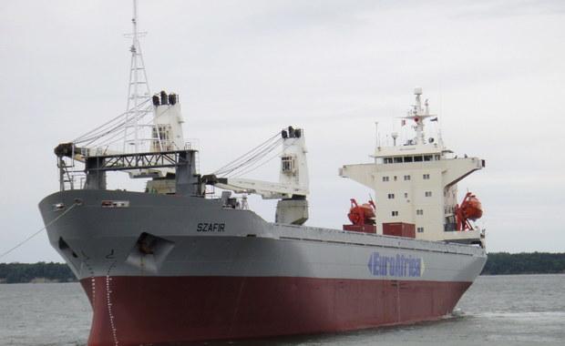 """Statek """"Szafir"""", którego część załogi została uprowadzona, jest w drodze do nigeryjskiego portu Onne. Wciąż nie ma informacji o losie porwanych polskich marynarzy."""