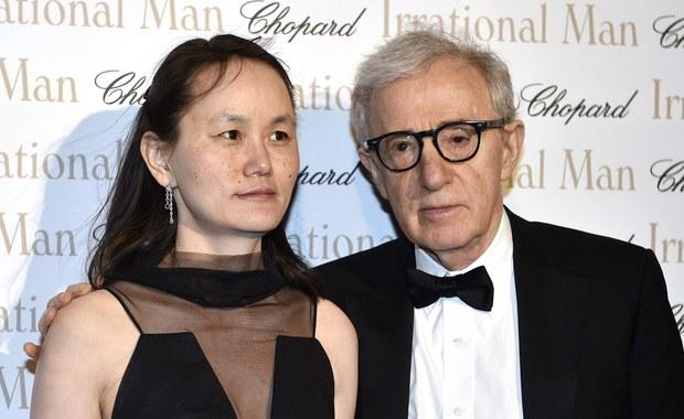 Kultowy amerykański reżyser, aktor i komik Woody Allen kończy dzisiaj 80 lat. Choć do tego pory nakręcił blisko 50 filmów, to nie zwalnia tempa. Aktualnie przygotowuje serial dla Amazon Studios.