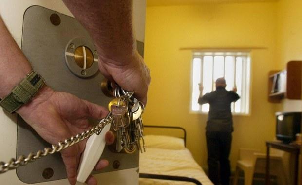 Koniec z przyjemnościami podczas odsiadki w więzieniu. Plany Ministerstwa Sprawiedliwości zakładają między innymi skierowanie ponad połowy skazanych na pozbawienie wolności do przymusowego zatrudnienia.