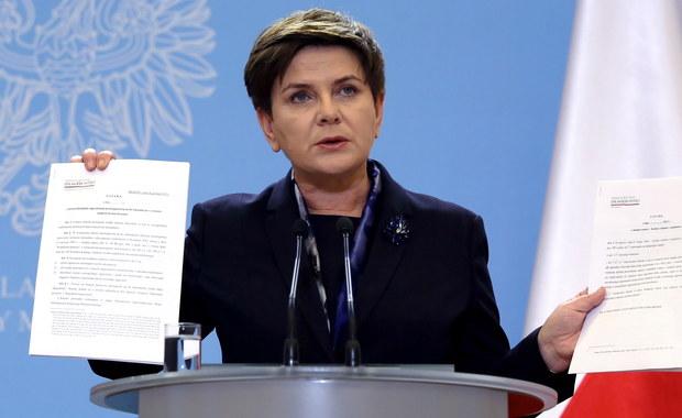 Dzieci nie będą odbierane rodzicom tylko z powodów ekonomicznych - zapowiedziała premier Beata Szydło. Zaprezentowała projekt ustawy w tej sprawie. Został także przygotowany projekt chroniący dzieci przed pedofilami.