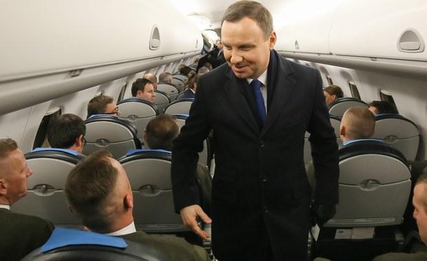Ukraina to cel ostatniej w tym roku zagranicznej wizyty Andrzeja Dudy. Prezydent w Kijowie spotka się m.in. z Petrem Poroszenką i Arsenijem Jacenikuem. Rozmowy mają dotyczyć spraw bezpieczeństwa, a także polityki gospodarczej.