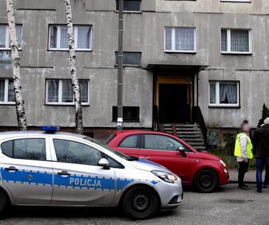 Zabójstwo w Rudzie Śląskiej: Matka i dwaj synowie zginęli od ciosów nożem. Ojciec walczy o życie