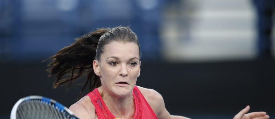 Agnieszka Radwańska pokonała w Dubaju szwajcarską tenisistkę Belindę Bencic 6:3, ale jej drużyna - Micromax Indian Aces - uległa OUE Singapore Slammers 16:27 w meczu azjatyckich rozgrywek International Premier Tennis League (IPTL).