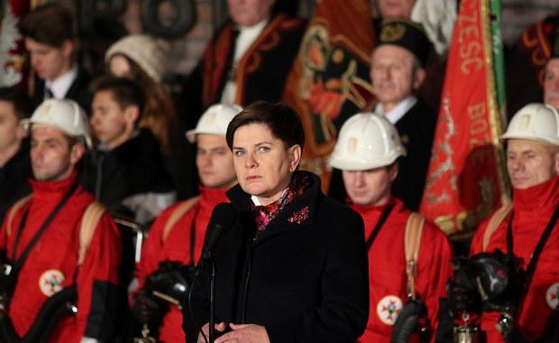 Musimy się zastanowić, czy ideały, za które górnicy w 1981 roku oddali życie, nie zostały gdzieś po drodze zagubione; my ich testament musimy wypełnić - mówiła premier Beata Szydło w Katowicach podczas obchodów 34. rocznicy pacyfikacji kopalni Wujek.