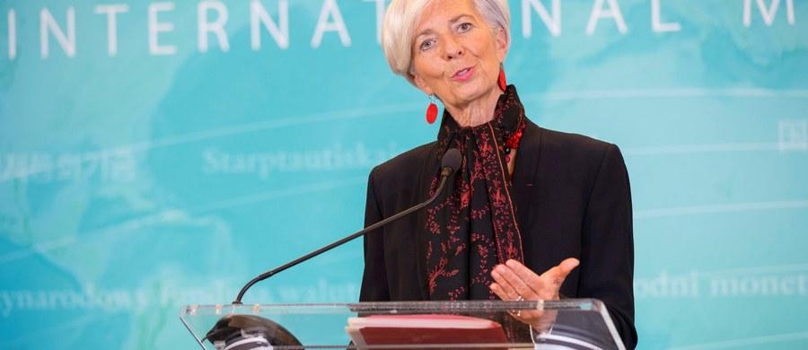 Francuski Trybunał Sprawiedliwości Republiki, sądzący sprawy o domniemane nadużywanie władzy przez członków rządu, zdecydował, że szefowa MFW Christine Lagarde ma stanąć przed sądem w związku z ugodą ws. biznesmena i byłego ministra Bernarda Tapie.