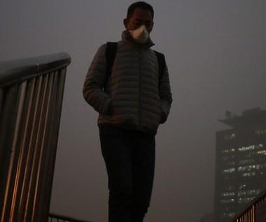 Mieszkańców Pekinu dusi smog. Najgorsza w roku fala zanieczyszczonego powietrza