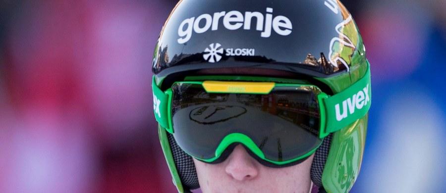 Najlepszy z Polaków - Kamil Stoch - zajął 26. miejsce w niedzielnym konkursie Pucharu Świata w skokach narciarskich w szwajcarskim Engelbergu. Triumfował Słoweniec Peter Prevc. Lider klasyfikacji generalnej wygrał tym samym trzecie zawody z rzędu.