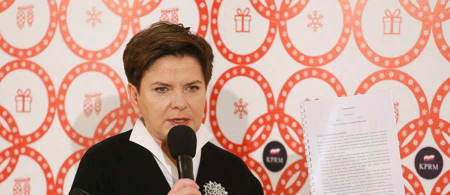 Premier Beata Szydło odpowiadała na Facebooku na pytania nadesłane przez internautów w ramach konsultacji społecznych programu Rodzina 500+. Zapowiedziała, że ma on ruszyć w kwietniu przyszłego roku.