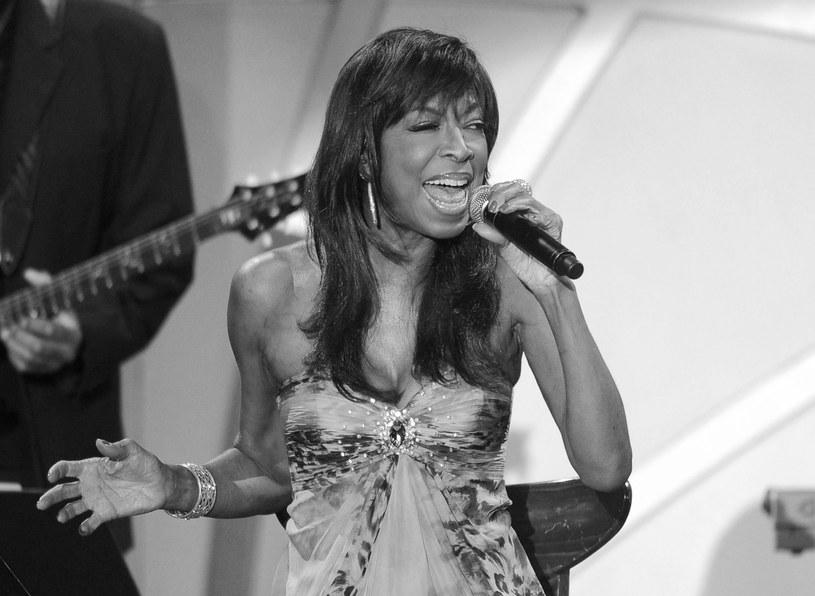 Amerykańska piosenkarka zmarła 31 grudnia w szpitalu w Los Angeles z powodu niewydolności serca.