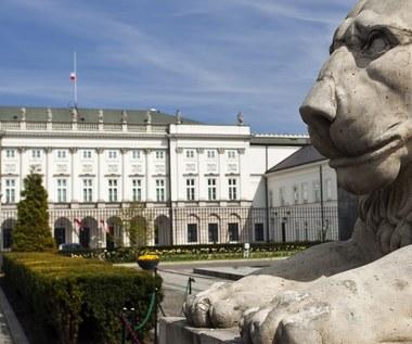 """Sprzedana na aukcji """"Gęsiarka"""" to obraz, który zniknął z Pałacu Prezydenckiego"""