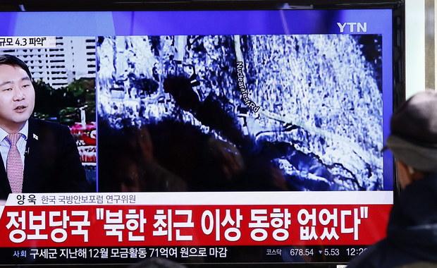 Władze Korei Płn. potwierdziły oficjalnie w środę, że przeprowadziły próbny wybuch niewielkiej bomby wodorowej. Wybuch spowodował wstrząs o sile 5,1 st. Odnotowały go obserwatoria sejsmologiczne w USA, Japonii, Chinach i Korei Południowej.