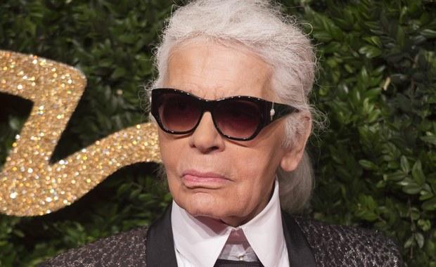 Francuskie media donoszą, że słynny dyktator mody Karl Lagerfeld jest podejrzany o ukrycie przed francuskim fiskusem ponad 20 milionów euro. Miał to osiągnąć dzięki skomplikowanym operacjom finansowym z udziałem wielu firm.
