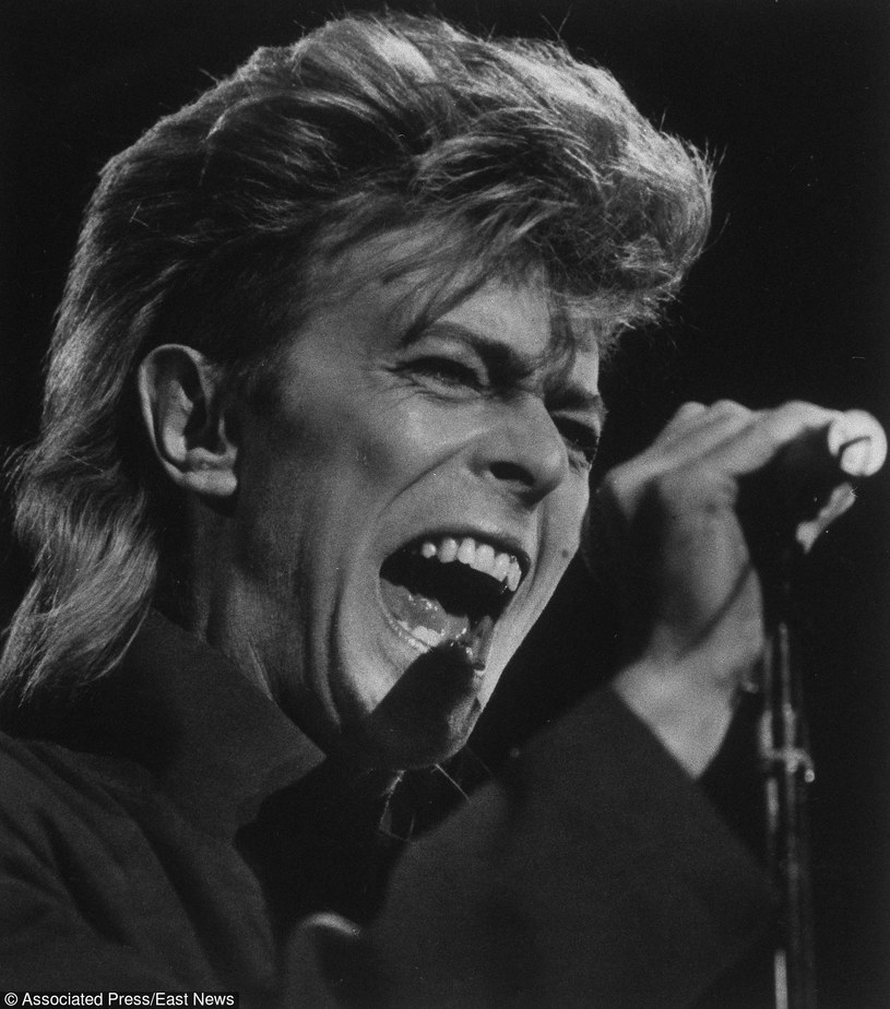 Po 18-miesięcznej walce z rakiem 10 stycznia 2016 r. zmarł David Bowie. Brytyjski artysta miał 69 lat.
