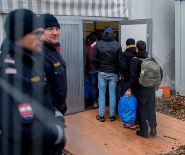 Uchodźcy ubiegający się o azyl będą mogli zatrzymać obrączki