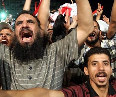"""""""Grupowe molestowanie"""" kobiet w Europie. Ten rodzaj przemocy jest znany w krajach arabskich"""