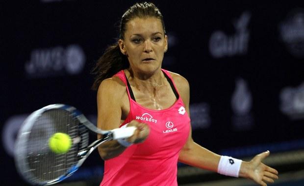 W pierwszej rundzie rozpoczynającego się w poniedziałek wielkoszlemowego turnieju Australian Open Agnieszka Radwańska zmierzy się z amerykańską tenisistką Christiną McHale. Magda Linette zagra z Moniką Puig z Portoryko, a Urszula Radwańska z Chorwatką Aną Konjuh. Losowanie drabinki imprezy, która rozgrywana jest na twardych kortach w Melbourne, odbyło się w nocy z czwartku na piątek polskiego czasu.