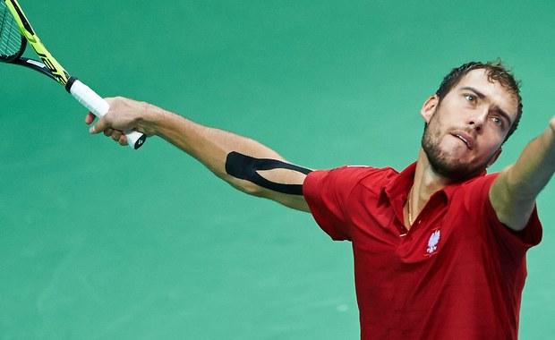 """Rozstawiony z """"10"""" amerykański tenisista John Isner będzie rywalem Jerzego Janowicza w pierwszej rundzie turnieju Australian Open. Rywalizacja w głównej drabince wielkoszlemowej imprezy, rozgrywanej na twardych kortach w Melbourne, rozpocznie się w poniedziałek."""