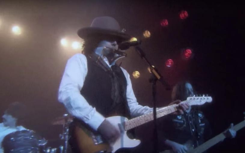 Jimmy Fallon postanowił w nietypowy sposób zinterpretować jeden z najpopularniejszych utworów ostatnich miesięcy.