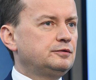 Błaszczak: PiS rozważa powołanie komisji śledczej ws. wyłudzeń VAT